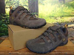 【送料無料】キャンプ用品 テックメンズブラウンスエードウォーキングシューズhitec mens uk 11 eu 45 brown suede saunter walking shoes rrp 50