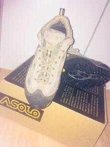 【送料無料】キャンプ用品 アーゾロウォーキングブーツブーツサイズasolo walking boots size 45 in excellent condition