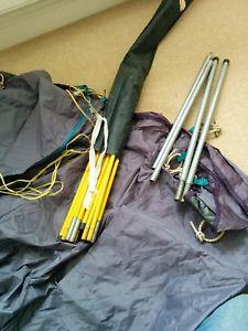 【送料無料】キャンプ用品 2フィールドハイキングテントプラム2 person field hiking tent colour plum and navy