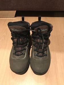 【送料無料】キャンプ用品 コロンビアハイキングブーツcolumbia hiking boots uk 7, eu40
