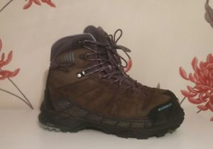 【送料無料】キャンプ用品 コンフォートガイドサラウンドレディースハイキングブーツサイズユーロmammut comfort guide high gtx surround ladies hiking boots size 7 uk 405 eur