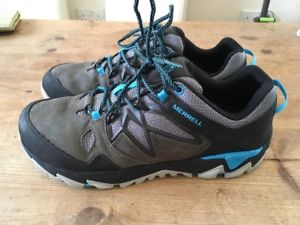 【送料無料】キャンプ用品 ハイキングウォーキングシューズレザーコンフォートトレーナーアウトmerrell all out blaze 2 hiking shoes walking leather comfort trainers uk 85