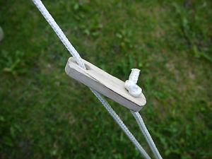 【送料無料】キャンプ用品 テントスライダーガイロープランナーテンショナー×ベルテントブティックash wood tent sliders guy rope runners tensioners x 14 by bell tent boutique