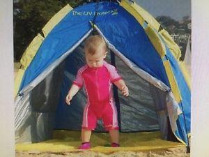 【送料無料】キャンプ用品 プロテクタポップアップオーストラリアビーチテントthe uv protector pop up beach tent made by shelta, australia