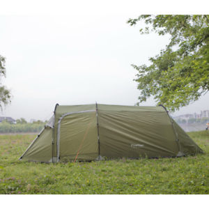 【送料無料】キャンプ用品 3 トンネルサンテントハイキング3 person family tent easy build fast instant hiking camping tunnel sun shelter