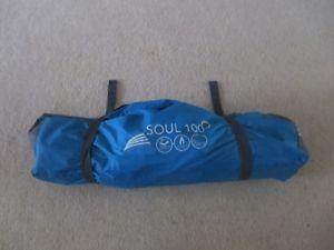 【送料無料】キャンプ用品 1vango100テントvango soul 100 blue one man tent