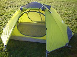 【送料無料】キャンプ用品 2テント バックパッキングテントキャンプ3シーズン 225kg
