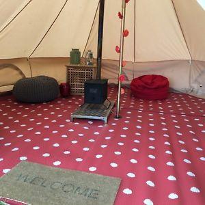 【送料無料】キャンプ用品 4メーターポリプロピレンテントマット4 metre red polypropylene bell tent matting cleanablewashable