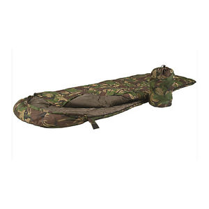 【送料無料】キャンプ用品 ミルテック1ジャングルキャンプdpm camomiltec 1 season lightweight summer jungle camp military sleeping bag dpm camo