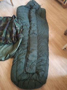 【送料無料】キャンプ用品 arctic sleepingバッグarctic 2cqc1980ヴィンテージarctic sleeping bag arctic 2 british army cold weather military cqc 1980 vintage