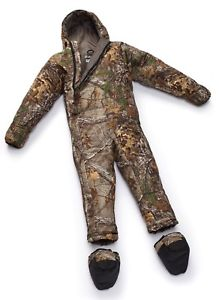 【送料無料】キャンプ用品 selk bag pursuit realtree sleeping bag with arms and legs