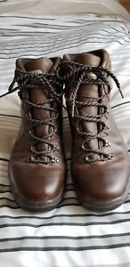 【送料無料】キャンプ用品 mensスカルパgoretexハイキングブーツuk45mens scarpa terra goretex leather hiking boots uk45 excellent condition