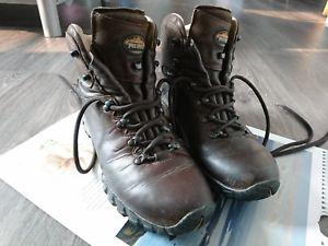【送料無料】キャンプ用品 トロントレディースブラウンレザーウォーキングブーツmeindl toronto gtx womens brown leather hill walking boots waterproof 8 eu 42