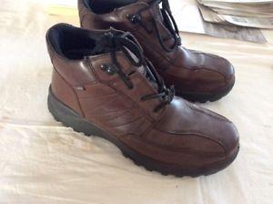 【送料無料】キャンプ用品 バイキングウォーキングhotter viking goretex waterproof walking boots 75