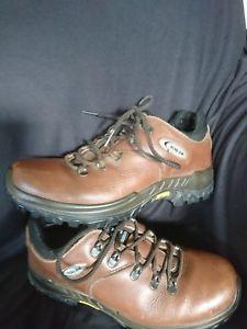 【送料無料】キャンプ用品 タンレザーウォーキングハイキングブーツソールズwaterproof breathable tan leather tog 24 walkinghiking boots vibram soles 75