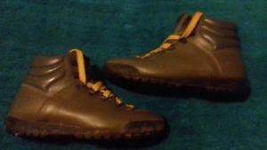 【送料無料】キャンプ用品 ハイキングブーツサイズスカイウォークグレーtrezeta hiking boots size uk 45 grey with skywalk soles very good condition