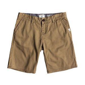 【送料無料】キャンプ用品 チノショートウォークエルムウッドサイズquiksilver everyday chino shorts walk elmwood all sizes
