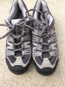 【送料無料】キャンプ用品 ソロモンウォーキングシューズsalomon contagrip walking shoes uk 55 vgc