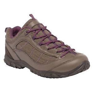 【送料無料】キャンプ用品 レザーカジュアルウォーキングシューズブラウンregatta peakland womens pu leather breathable casual walking shoe brown