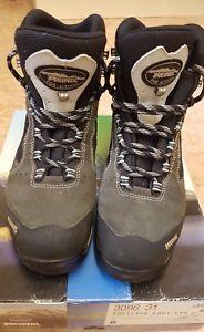 【送料無料】キャンプ用品 ライトグレーウォーキングハイキングブーツスクランブルmeindl softline light gtx women grey walkinghikingscrambling boots uk 8 eu 42