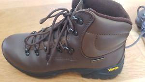 【送料無料】キャンプ用品 メンズウォーカートレスパスウォーキングブーツtrespass mens walker leather waterproof breathable walking boots
