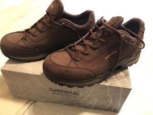【送料無料】キャンプ用品 レネゲードメンズウォーキングシューズサイズlowa renegade gtx mens walking shoes size 8