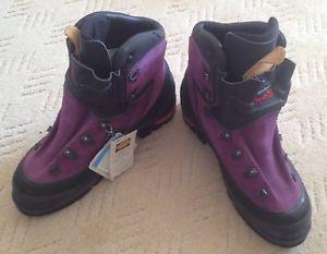 【送料無料】キャンプ用品 ウォーキングサイズブーツkarrimor ksb alpiniste gtx goretex walking boots, size 9 uk,