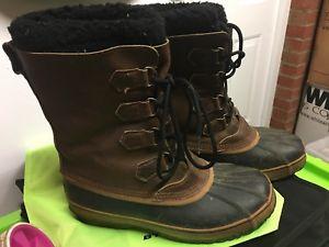 【送料無料】キャンプ用品 メンズサイズソレールカリブーブーツmen's sorel caribou boots, used size uk 105