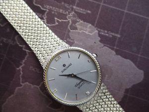 【送料無料】mid sized junghans , elegance quartz watch, swiss 1 jewel movt, very tidy