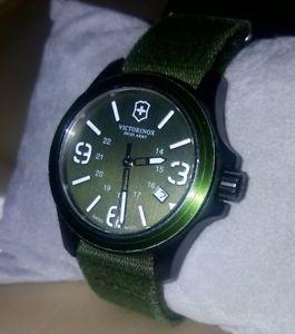 【送料無料】victror inox watch orologio swiss army art 241514110773785 rare 100 mt resist