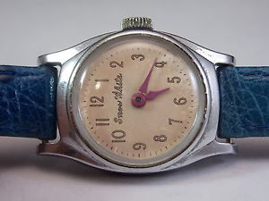 vintage ladys snow white character watch