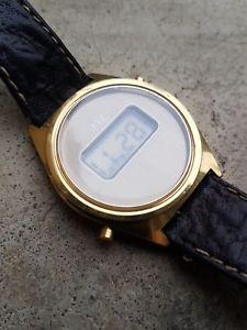 【送料無料】jaz montre bracelet vintage lcd quartz digital esa 9315 1970 ancienne old watch