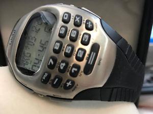 【送料無料】coole qamp;q digitaluhr taschenrechner, stoppuhr, alarm, worldtime, 24datamemory