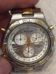 【送料無料】bulova cronografo sveglia e timer quartz