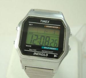 【送料無料】minty timex mens quartz chrono vintage digital wrist watch indiglo wr runs good
