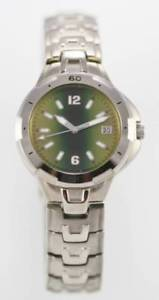 【送料無料】lorus green gold mens stainless steel silver date 30m quartz battery watch