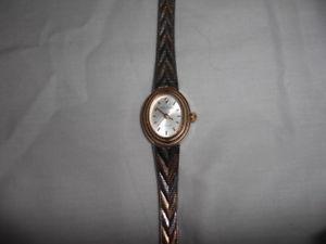 【送料無料】ladies two tone waltham watch