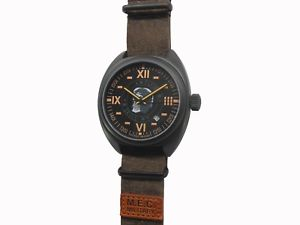 【送料無料】orologio uomo automatico vintage acciaio militare subacqueo sportivo teschio