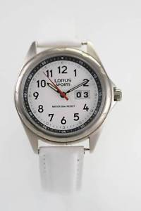 【送料無料】lorus sports white mens stainless silver white leather 50m date quartz watch
