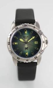 【送料無料】relic mens rubber stainless steel water resistant easy read quartz watch