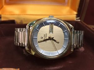 vintage gents 1960s bulova accutron in original boxes attention needed