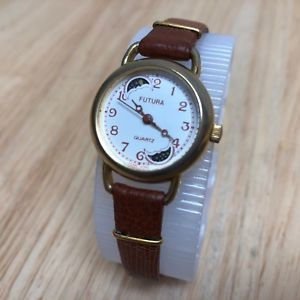 【送料無料】vintage futura lady moon phase gold tone analog quartz watch hours~ battery