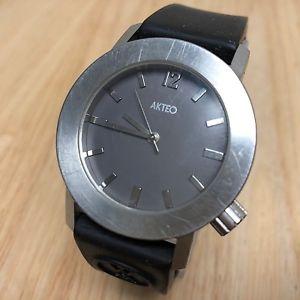 【送料無料】akteo france by jc mareschal design men lady analog quartz watch hour~ batte