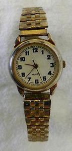 【送料無料】quartz gold silver two tone stainless steel dress casual womens wrist watch used
