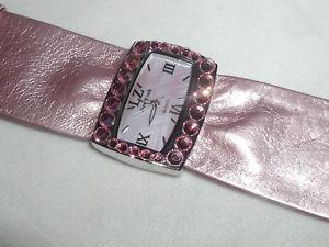【送料無料】wide bold glitzy rose pink austrian crystal watch mothers day christmas gift