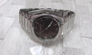 【送料無料】kenneth cole mens stainless steel wristwatch ~ 19g9449