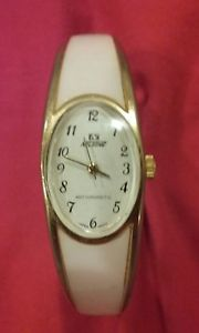 【送料無料】nelsonic womens bracelet watch