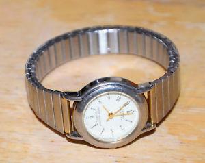 【送料無料】vintage sarah coventry watch sara cov stretch gold battery