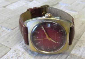 【送料無料】vintage waltham mens wristwatch with date window ~ 11e7713