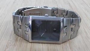 【送料無料】kenneth cole york mens stainless steel wristwatch date window ~ 5h5707